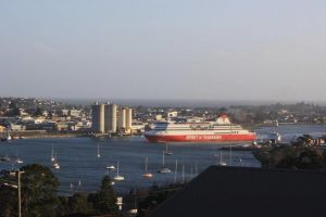 DevonPORT VIEWS - Accommodation Newcastle