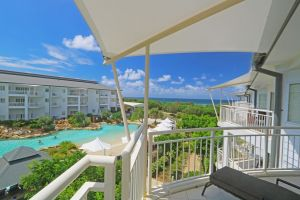 Amazing Ocean Views Resort Apartment - Accommodation Newcastle