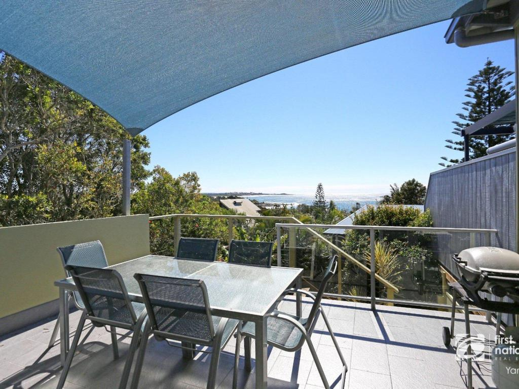 Angourie Blue 1 - Great Ocean Views - Surfing beaches - Accommodation Newcastle