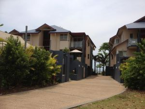 Beach House Apartment 1 - Accommodation Newcastle