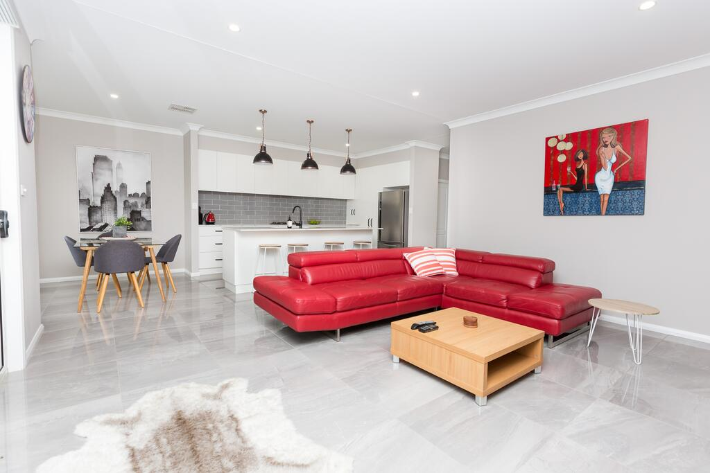 Best Central Wagga Townhouse - Accommodation Newcastle